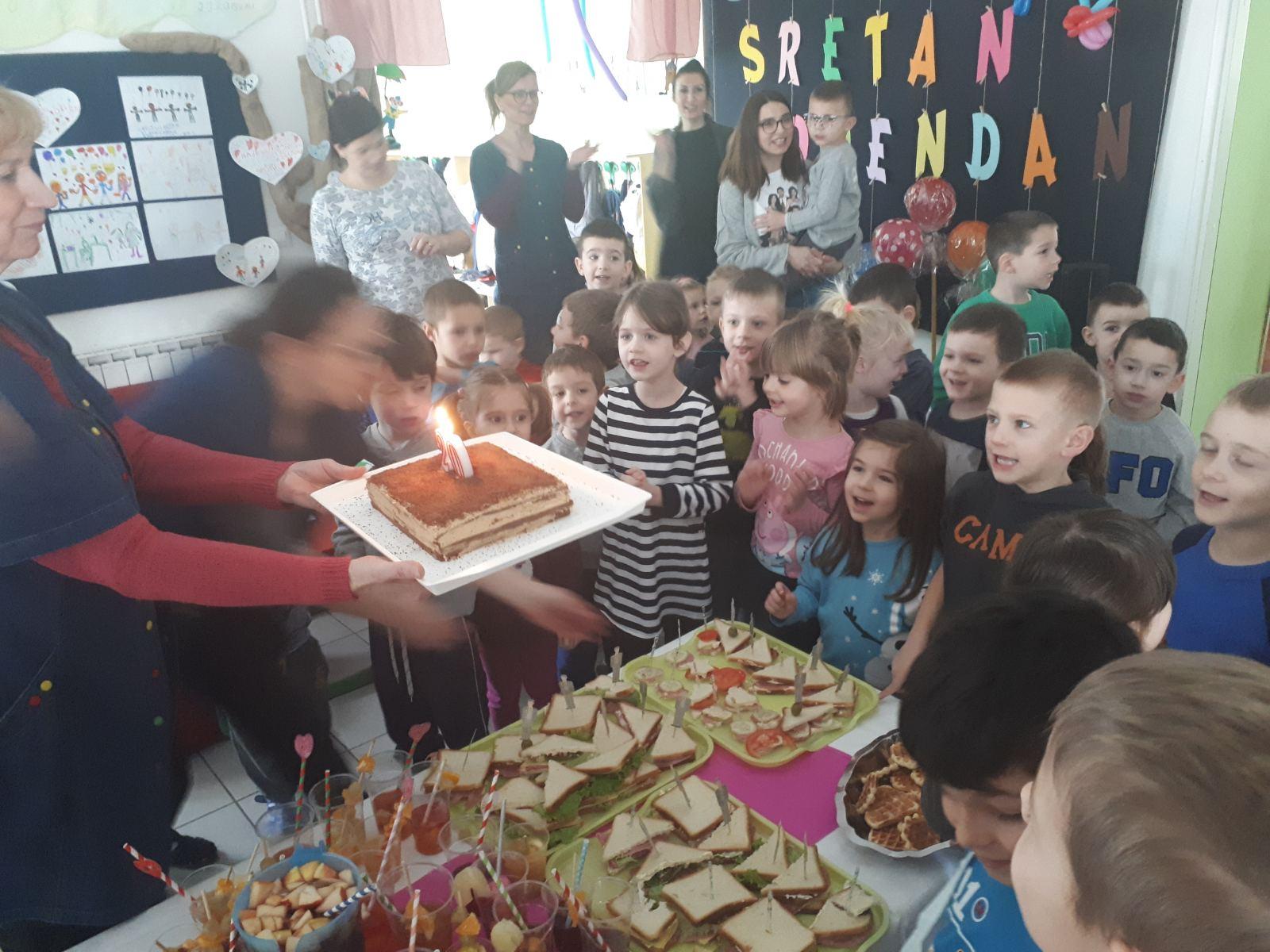 """ROĐENDANSKA FEŠTA U PO """"LEPTIRIĆ"""""""